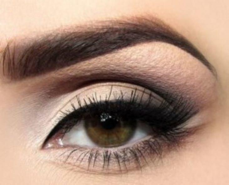 Дневной матовый макияж глаз