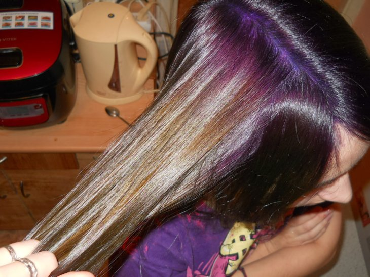 Чем смыть фиолетовый оттенок в домашних условиях
