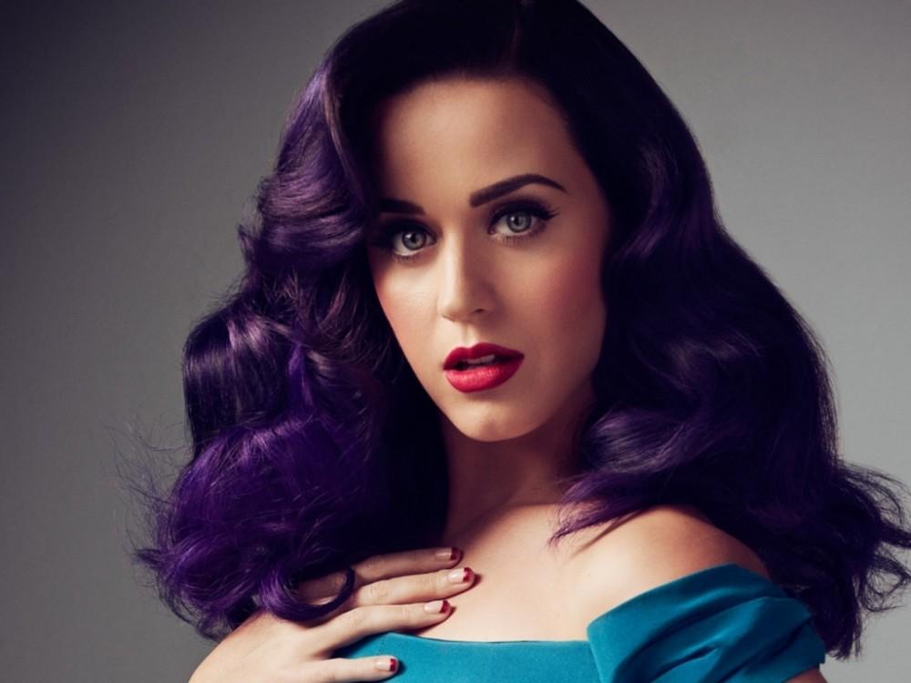 Фиолетовый цвет волос фото