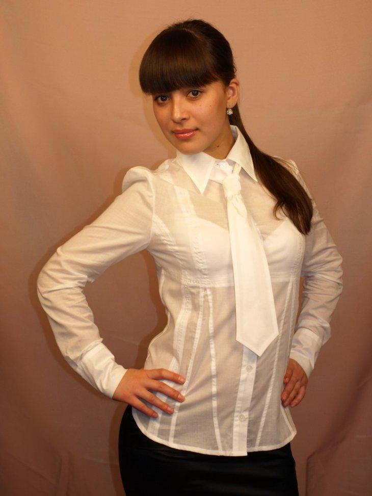 Девушки в блузках фото частные 14