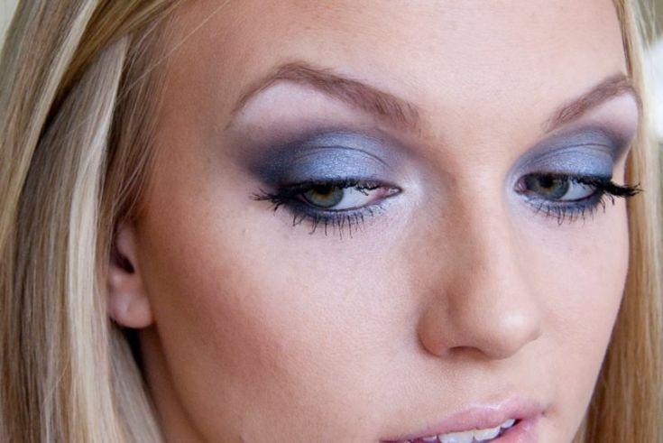 Цвет теней для серо голубых глаз
