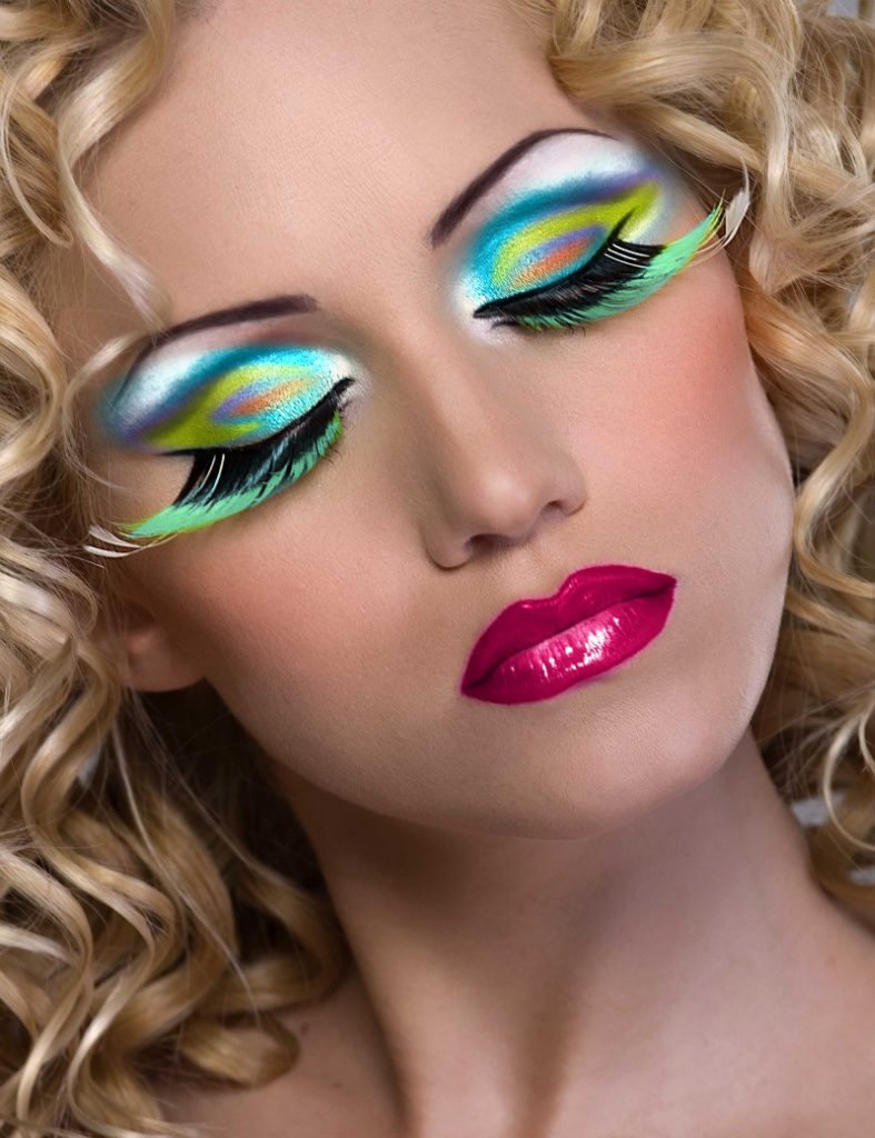 знаменитостей картинки самый красивый макияж в мире для режиссеры выбирают