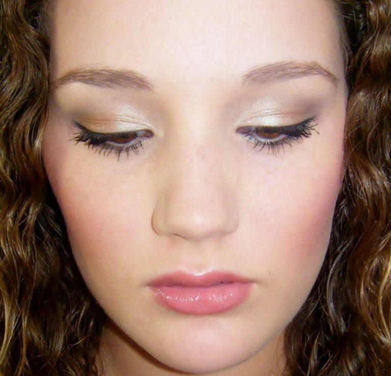 Natural eye makeup tips
