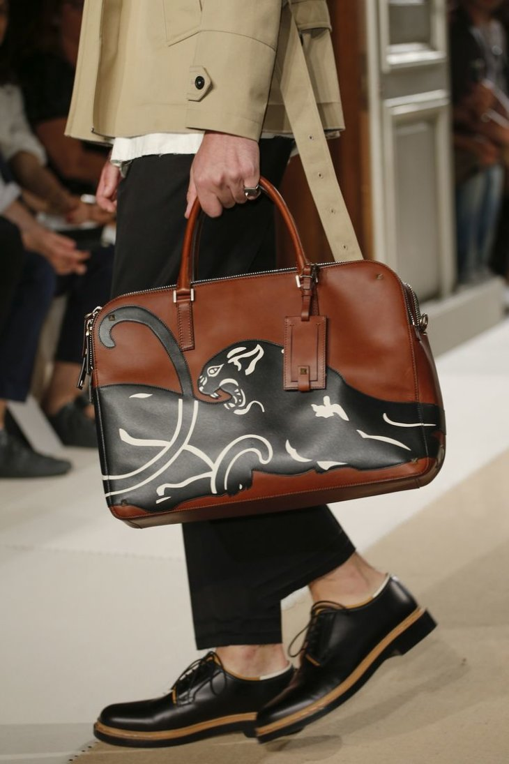 Valentino Garavani - женские сумки, клатчи, сумки
