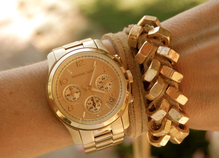 bentley стоимость часы