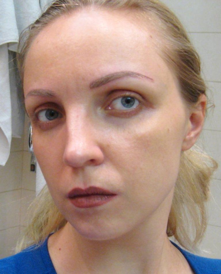 Перманентный макияж блондинка