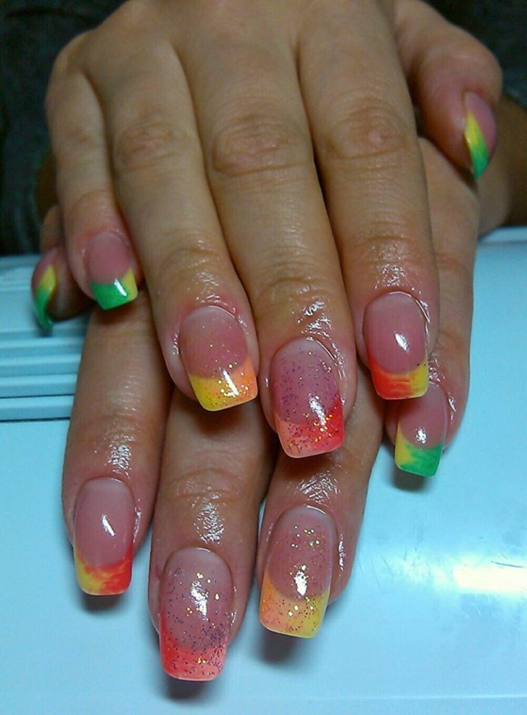 Фото ногтей двойной цветной френч