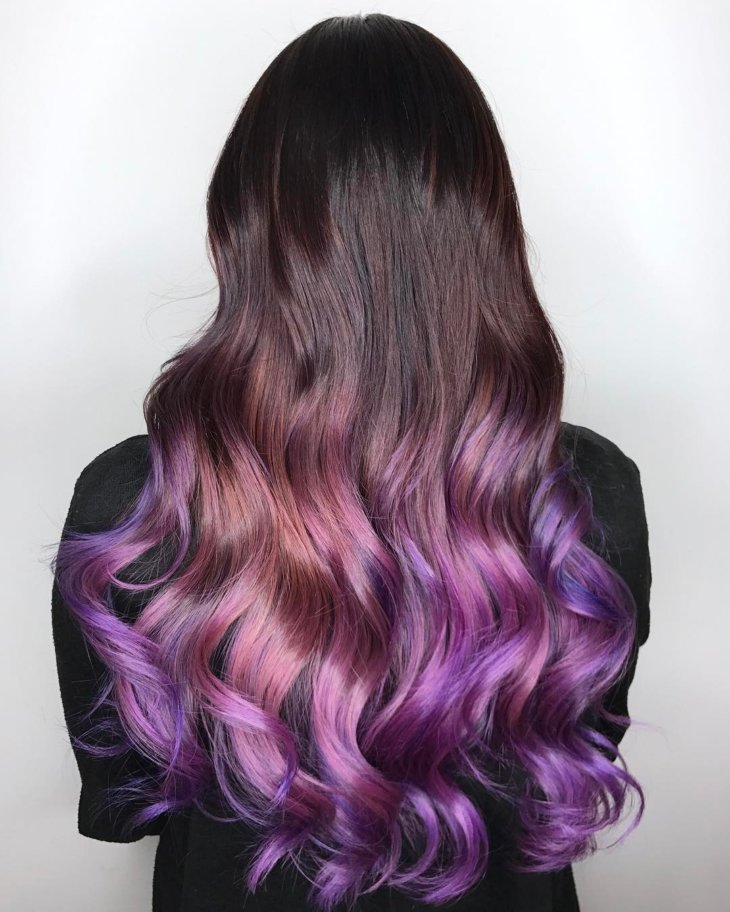 Волосы фиолетовые кончики