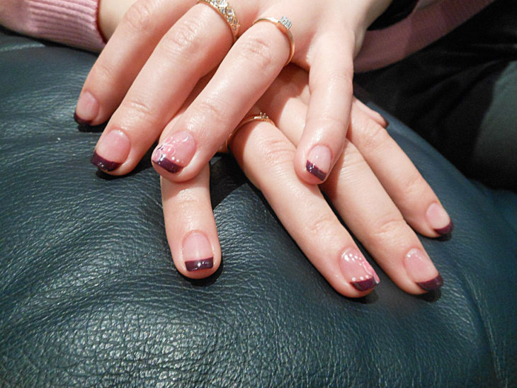 Маникюр и педикюр френч на короткие ногти