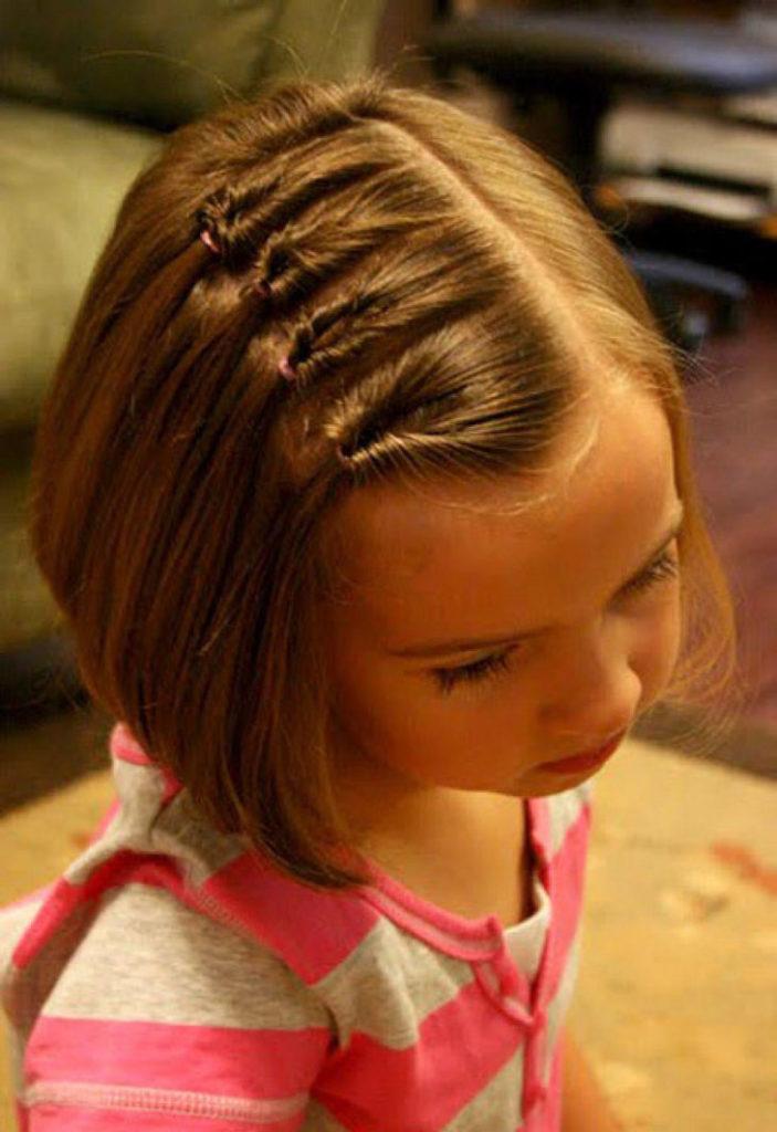 Прическа для девочки с короткими волосами