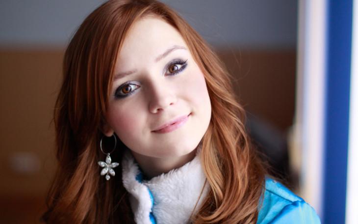 Рыжие волосы под карие глаза