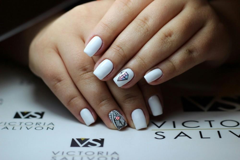 Белый френч-139 фото идей дизайна ногтей 91