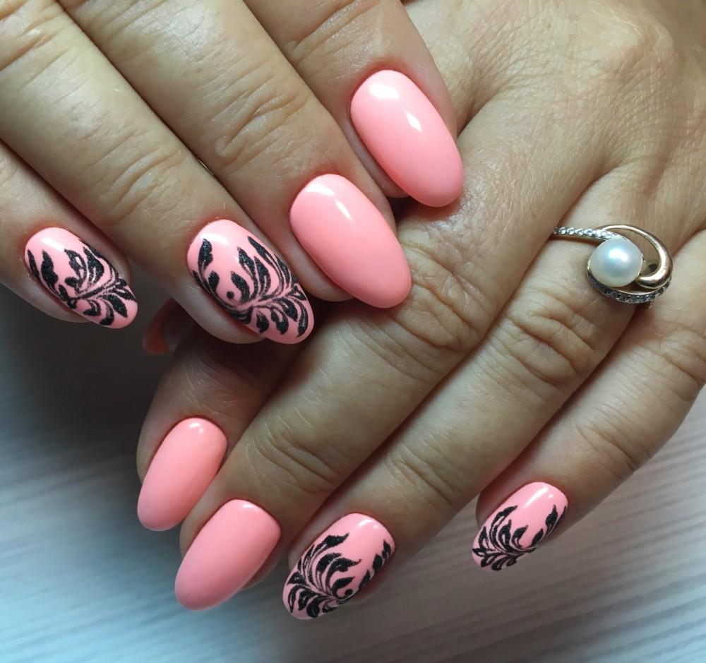 Маникюр черным и розовым лаком своими руками