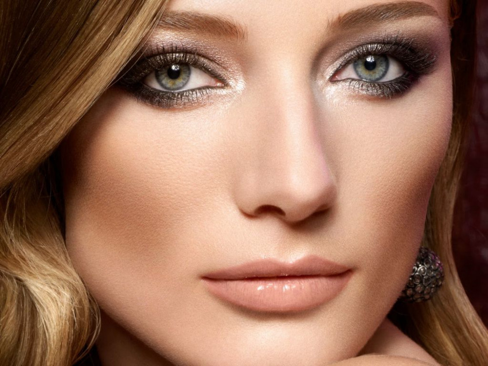 Поэтапный макияж на новый год