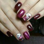 бордовые ногти с блестками
