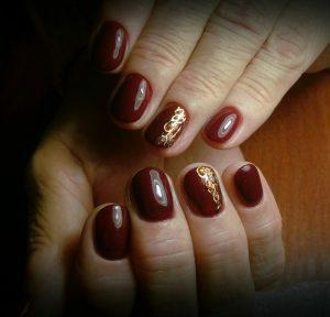 бордовые ногти с рисунком фото