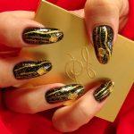 золотой маникюр