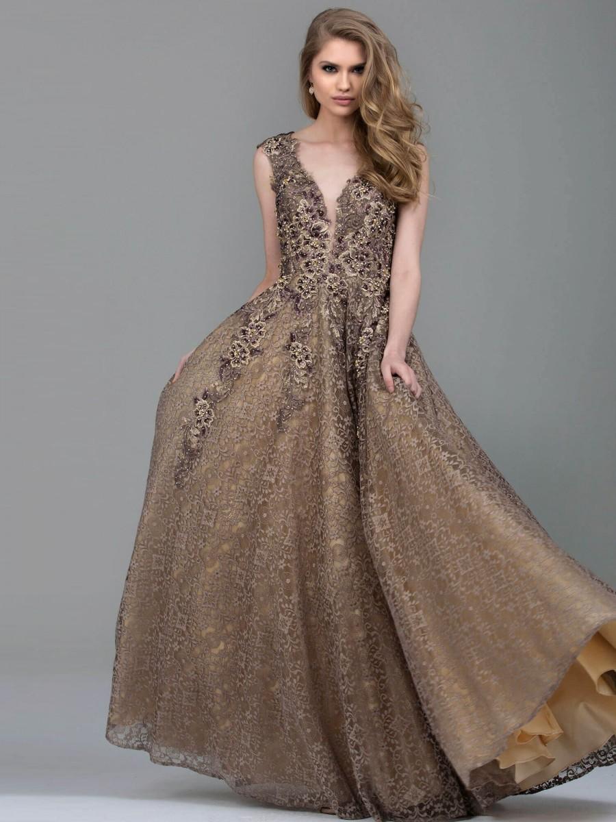 многослойные вечерние платья на новый год
